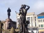 Statues cutaway.