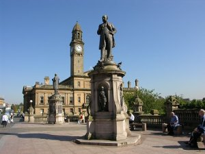 Paisley in the sun - which we didn't have!!